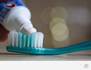 2809456198 toothbrush and toothpaste 300x229 Best Alternatives To Toothpaste
