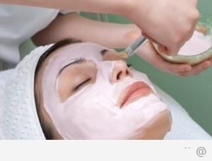556543 face mask diy moisturizing face mask 300x228 3 Easy DIY Face Masks For Healthier Skin