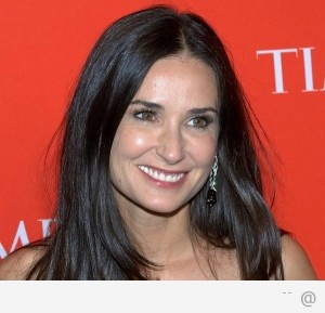 90776765 Demi Moore 300x289 Celebs For Natural Medicine