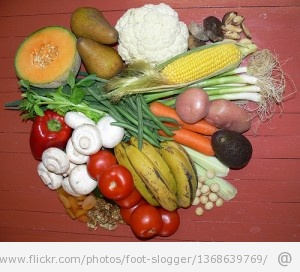 Img juice or eating vegetables 300x272 Juice Your Way To A Healthier, More Energetic You